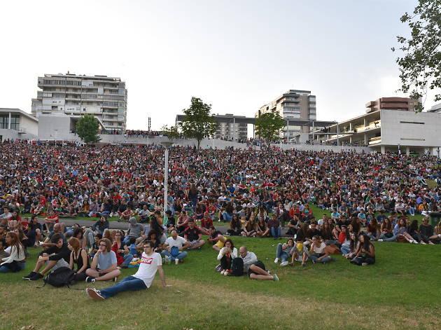 Transmissão dos jogos da selecção em Almada