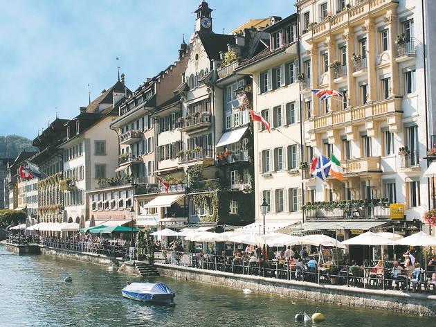 Luzern, Reussquai