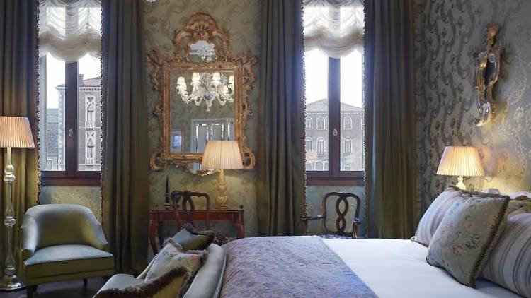 We've made a list of the very best hotels in Venice for your next trip.