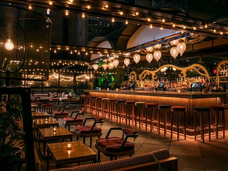 MagicHourRooftop Bar & Lounge at Moxy Times Square