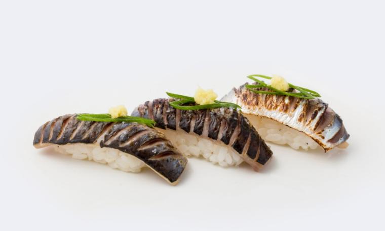 Nigiri de sardinha braseada do Aruki