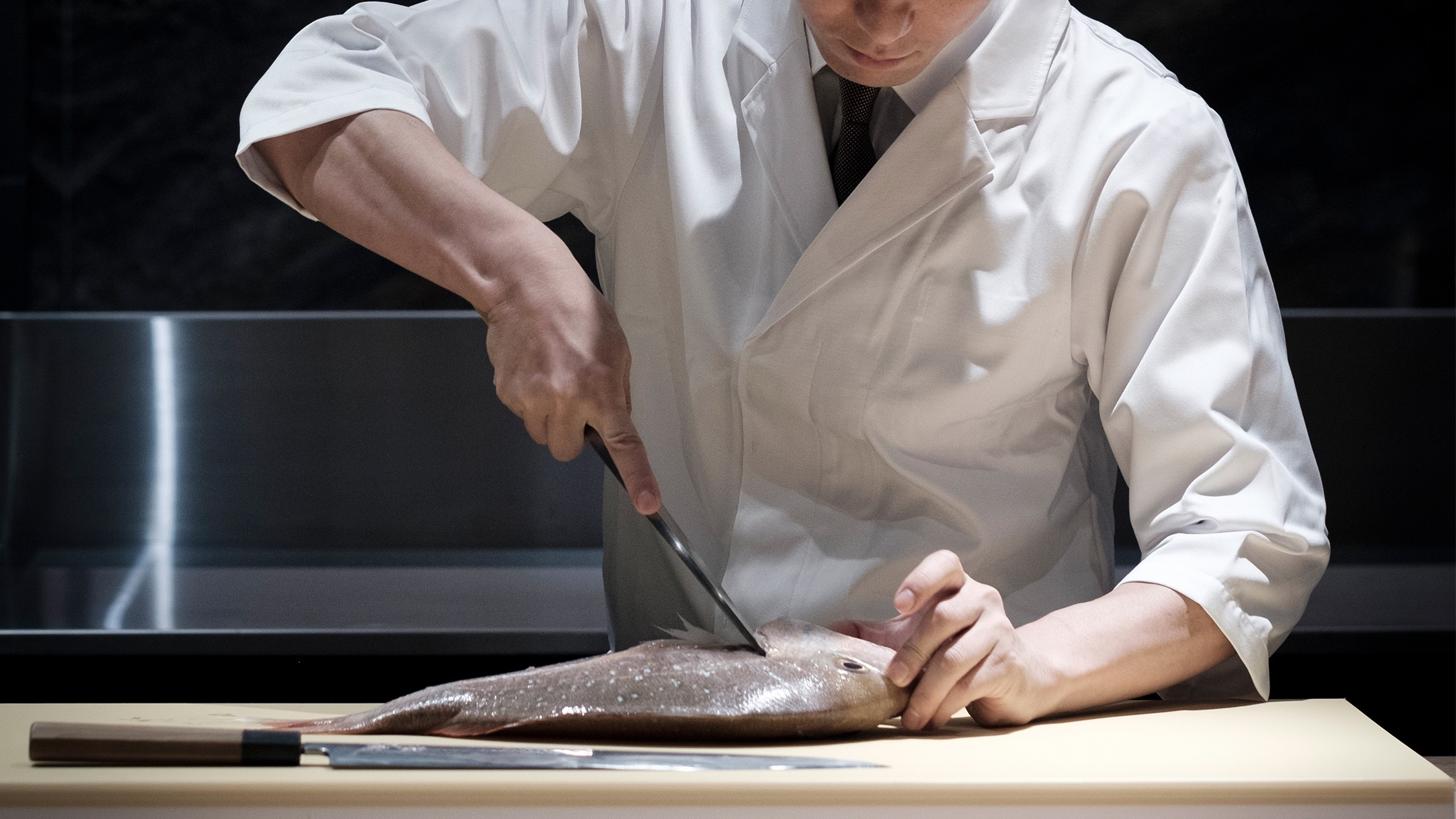 Cutting fish at Ishizuka