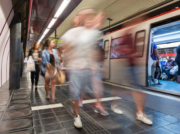 Parada de metro Rocafort