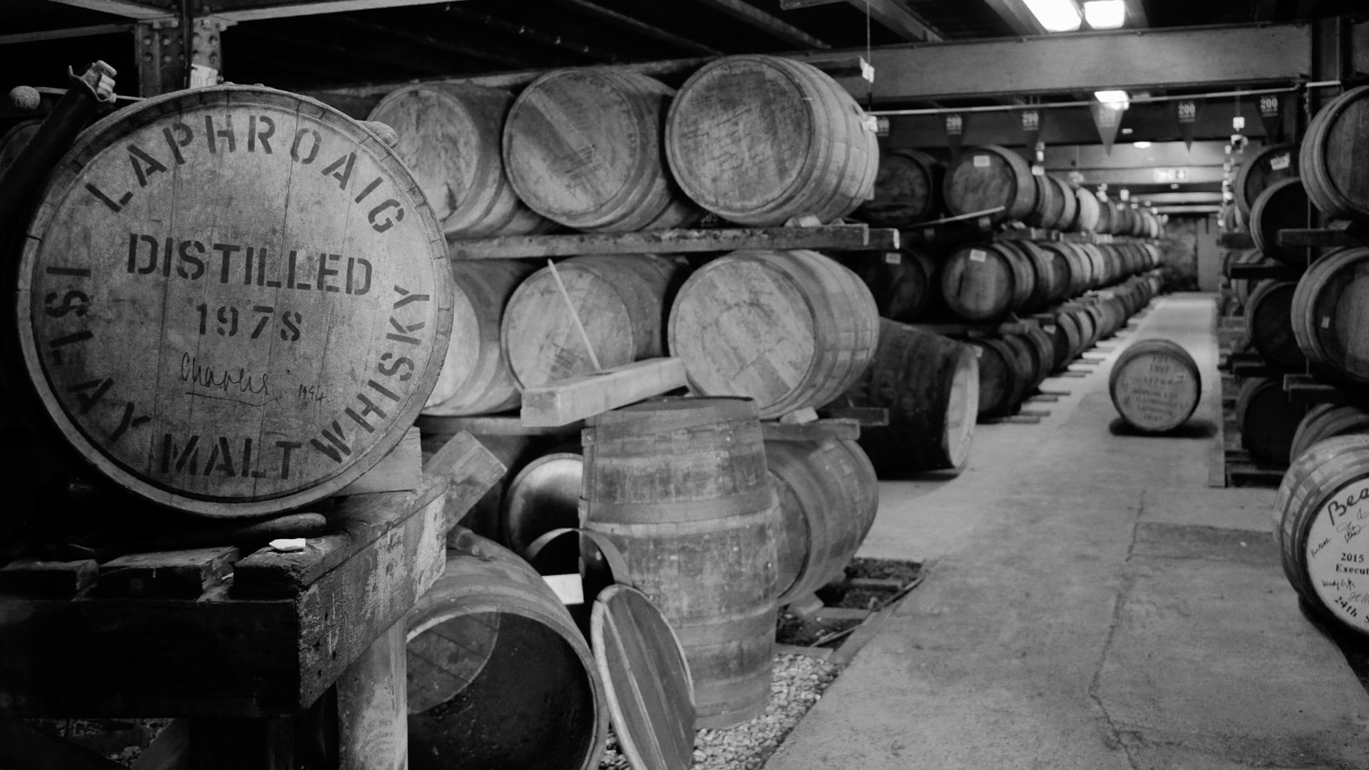 islay whisky distillery whiskies laphroaig