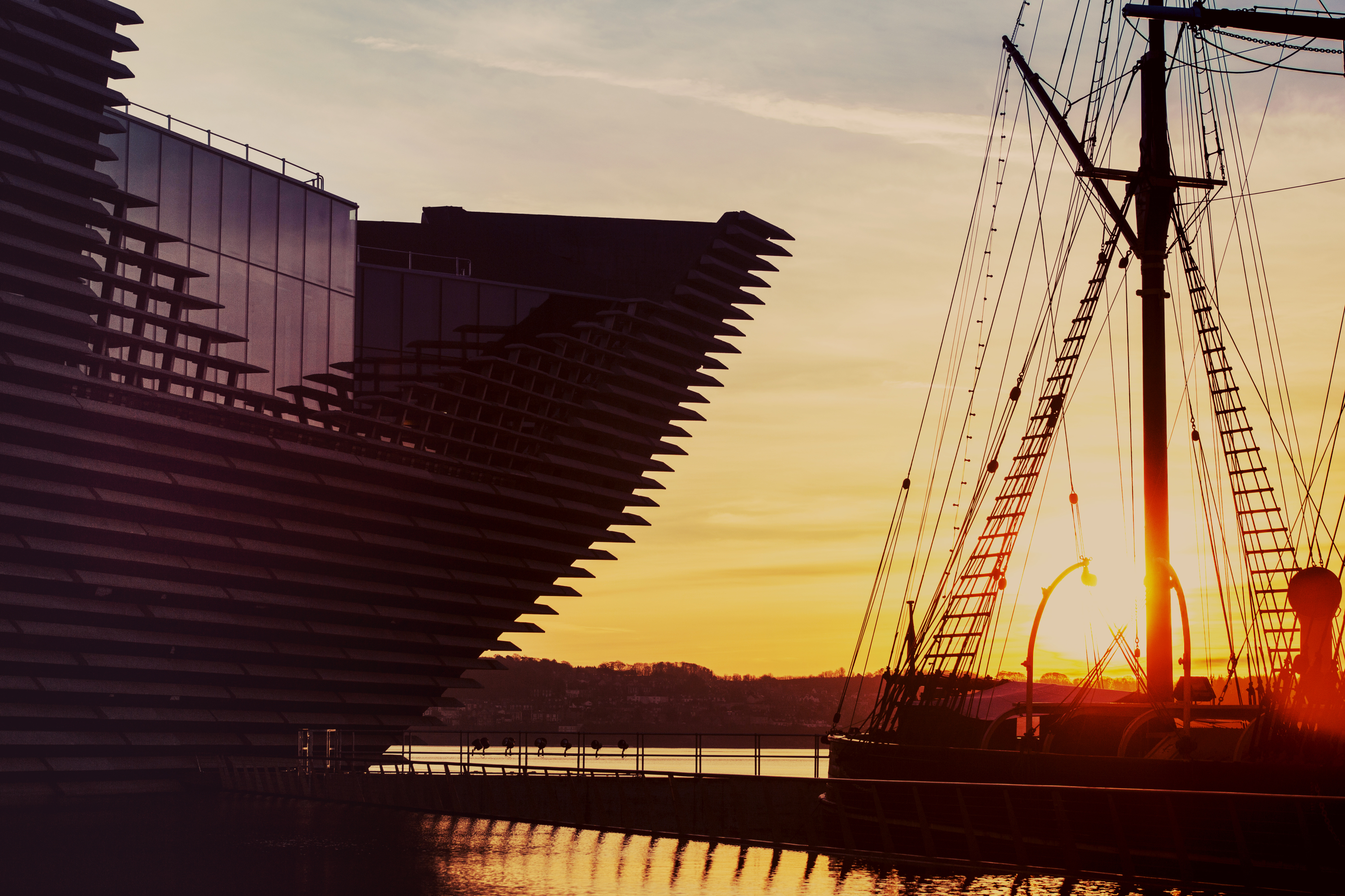 dundee V&A waterfront discovery ship sunset