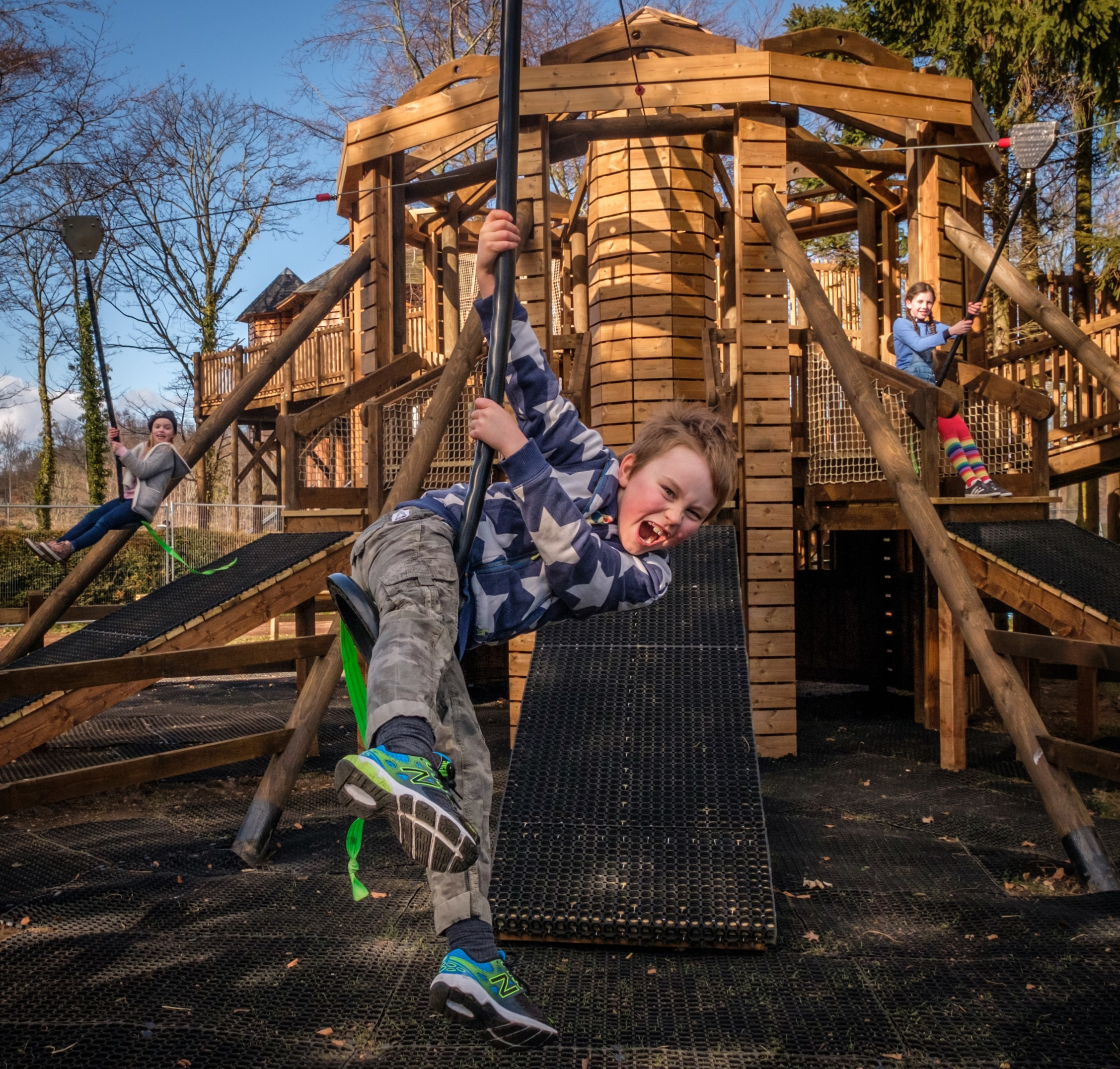 dalkeith country park scotland kid kids swing play