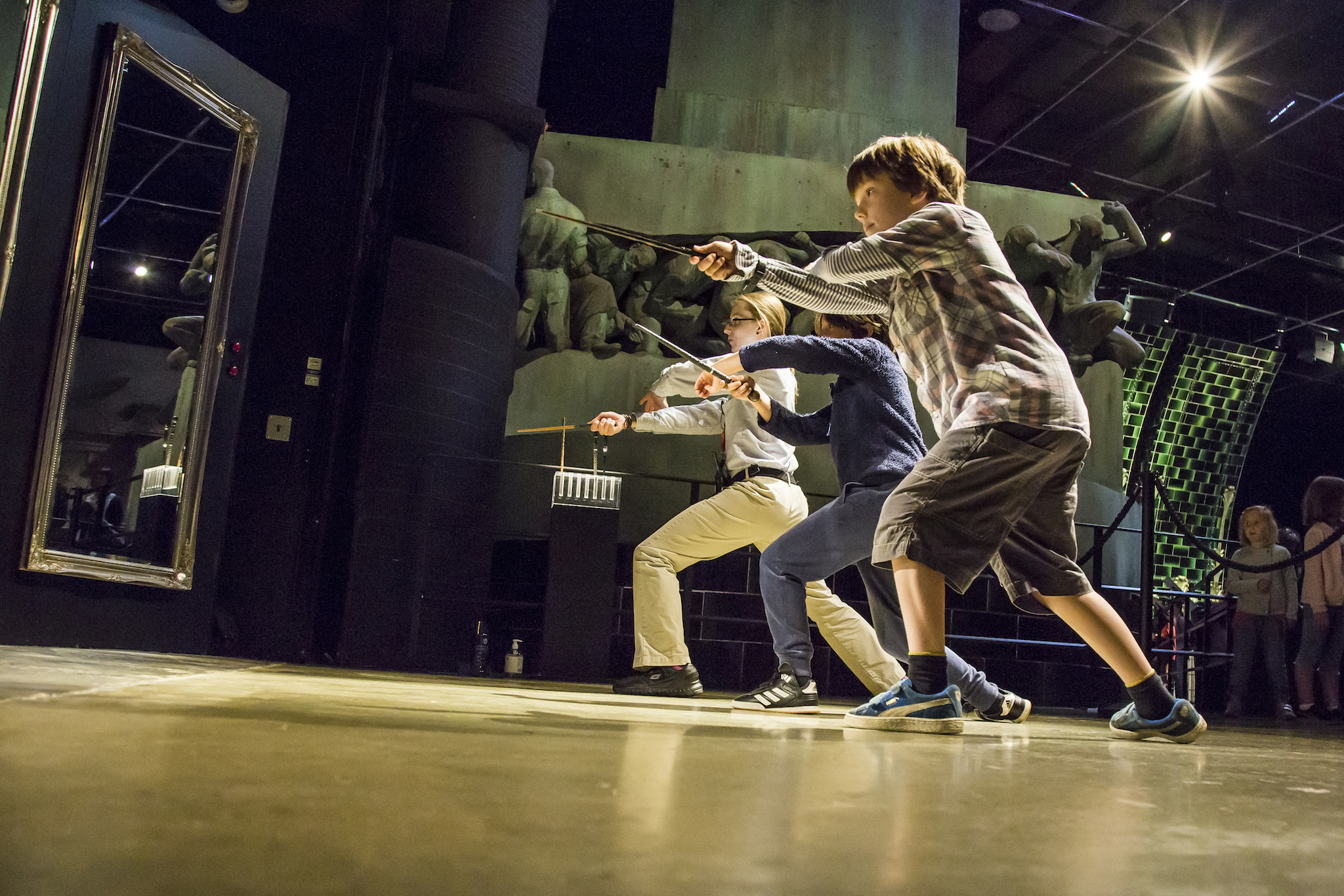 Warner Bros Harry Potter Experience, Duelling with wands