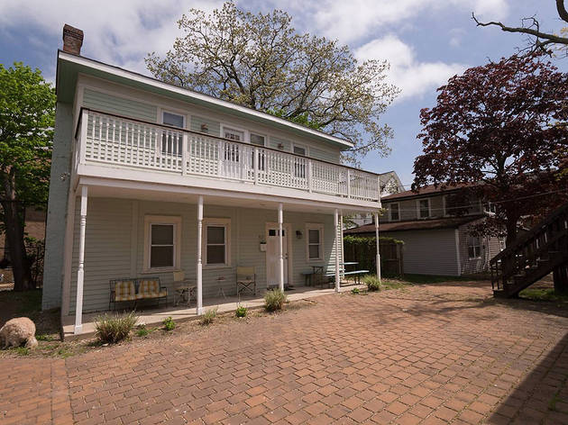 Charming Carriage House in Asbury Park, NJ