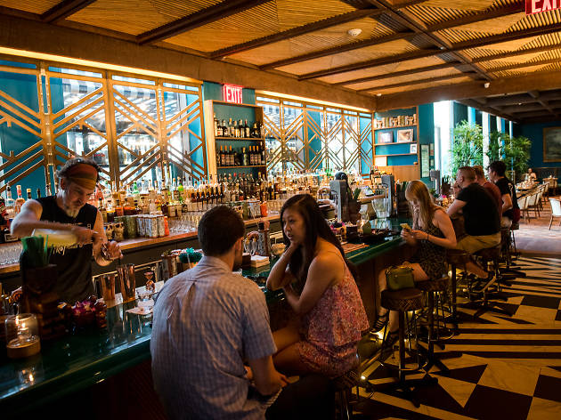 10 of the Best Bars in Hell's Kitchen to Visit