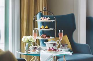 Cakes and wine High tea at Langham Hotel