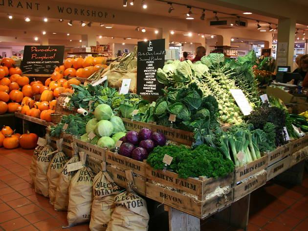 Darts Farm shop foodhall