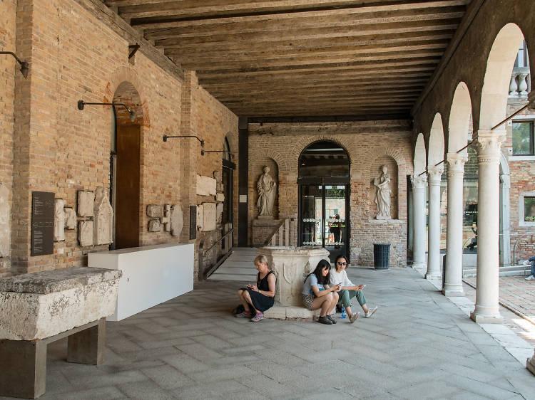 Venice Glass Museum (Museo del Vetro)