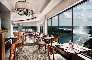 Crowne Plaza Hotel-Niagara Falls