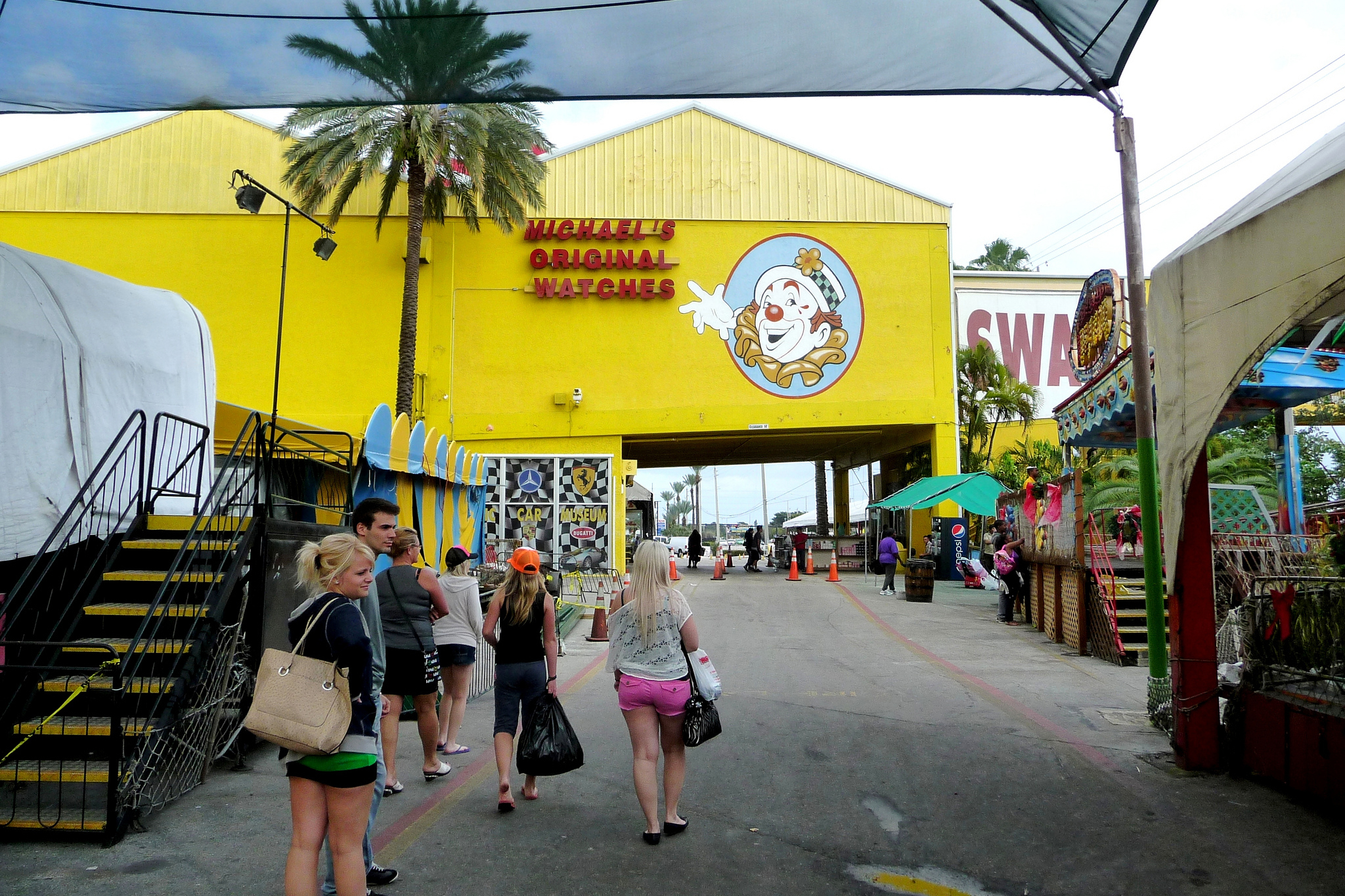 7 Best Flea Markets in Miami for Cheap Shopping