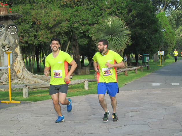 Xochitla Run Duo