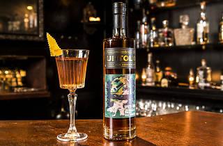 Commercial - Untold Rum - Eau de Vie
