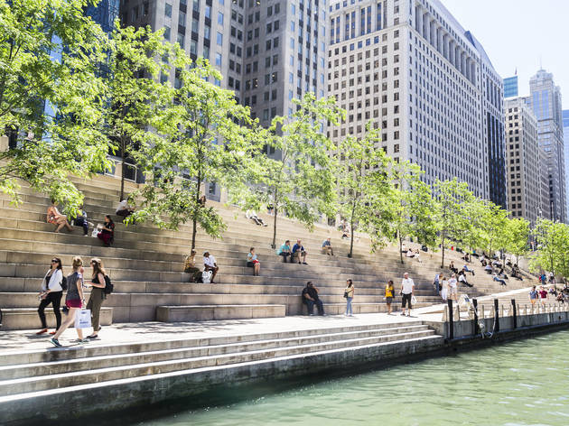 Where to hang out along the Chicago Riverwalk
