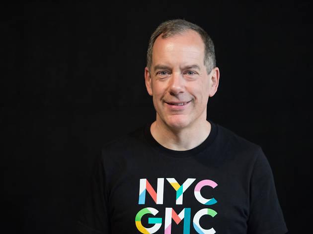 Charlie Bale es el director del New York City Gay Men's Chorus