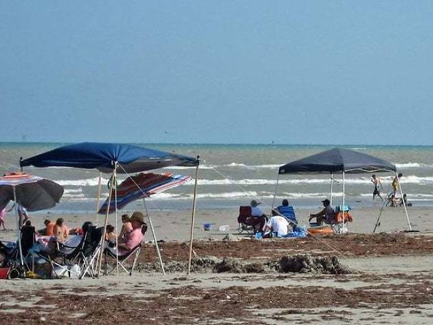 10 Best Beaches in Texas to Swim, Fish and Play