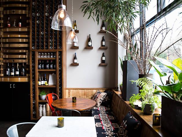 Oui Wine Bar & Restaurant