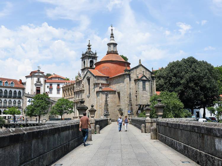 12.00 – Visite a Igreja de São Gonçalo