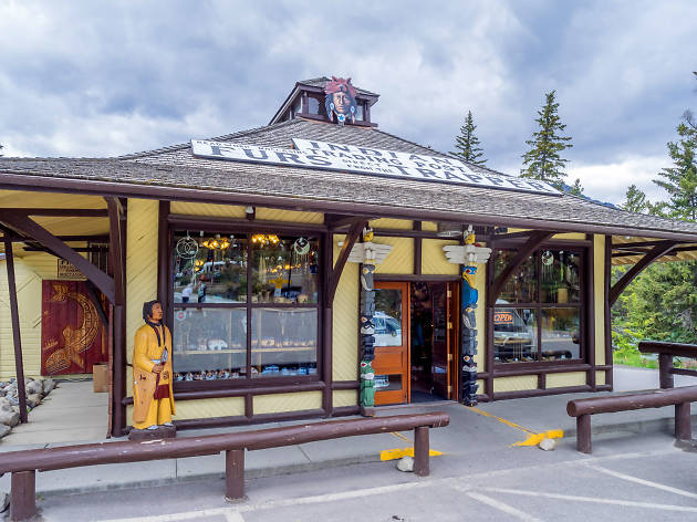 Indian Trading Post Merman - Banff - Canada