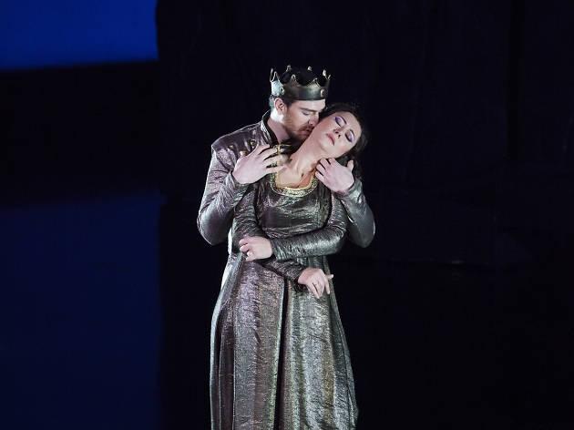 Opera di Firenze. Prima de La Favorite diretta da Fabio Luisi