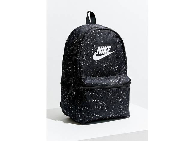 grey and pink nike backpack