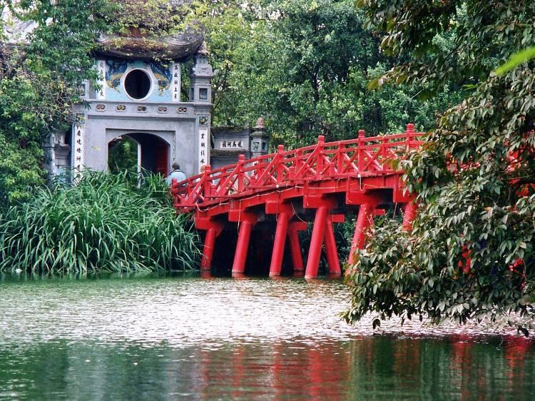 Hoan Kiem Lake and Ngoc Son Temple