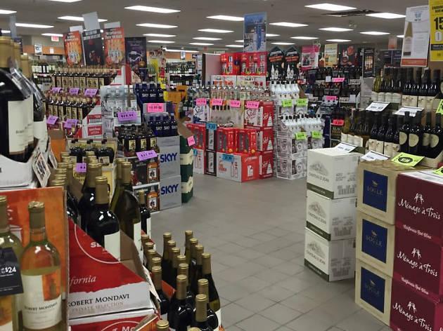 Liquor & Wine Outlet