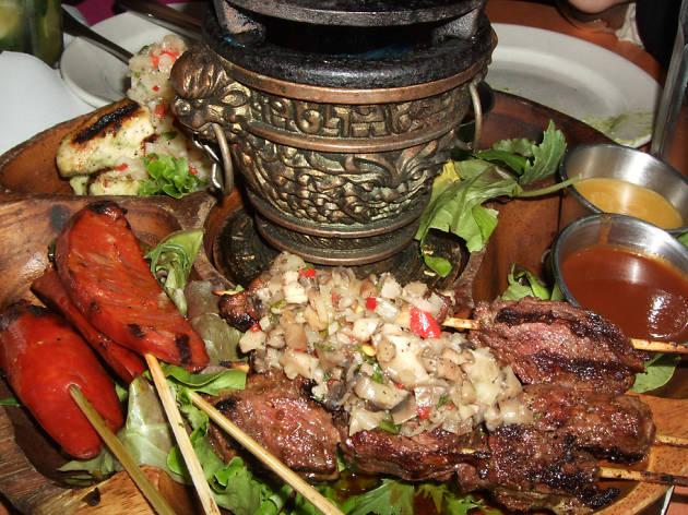 Pinchos Grill & Bar