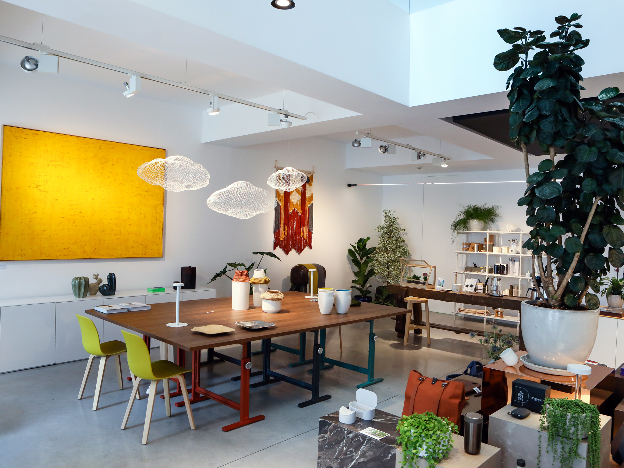 Lojas Banema Studio recebem pop-up da editora alemã Gestalten