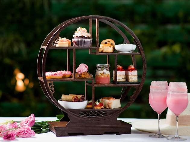 Mira Moon - Rosy Cozy afternoon tea