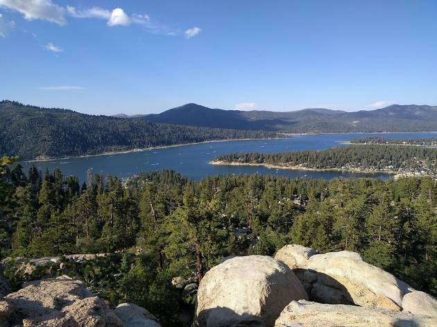 Castle Rock Christmas Parade 2020 Castle Rock Trail | Things to do in Big Bear, Los Angeles