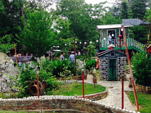 Paradise Gardens, eitw