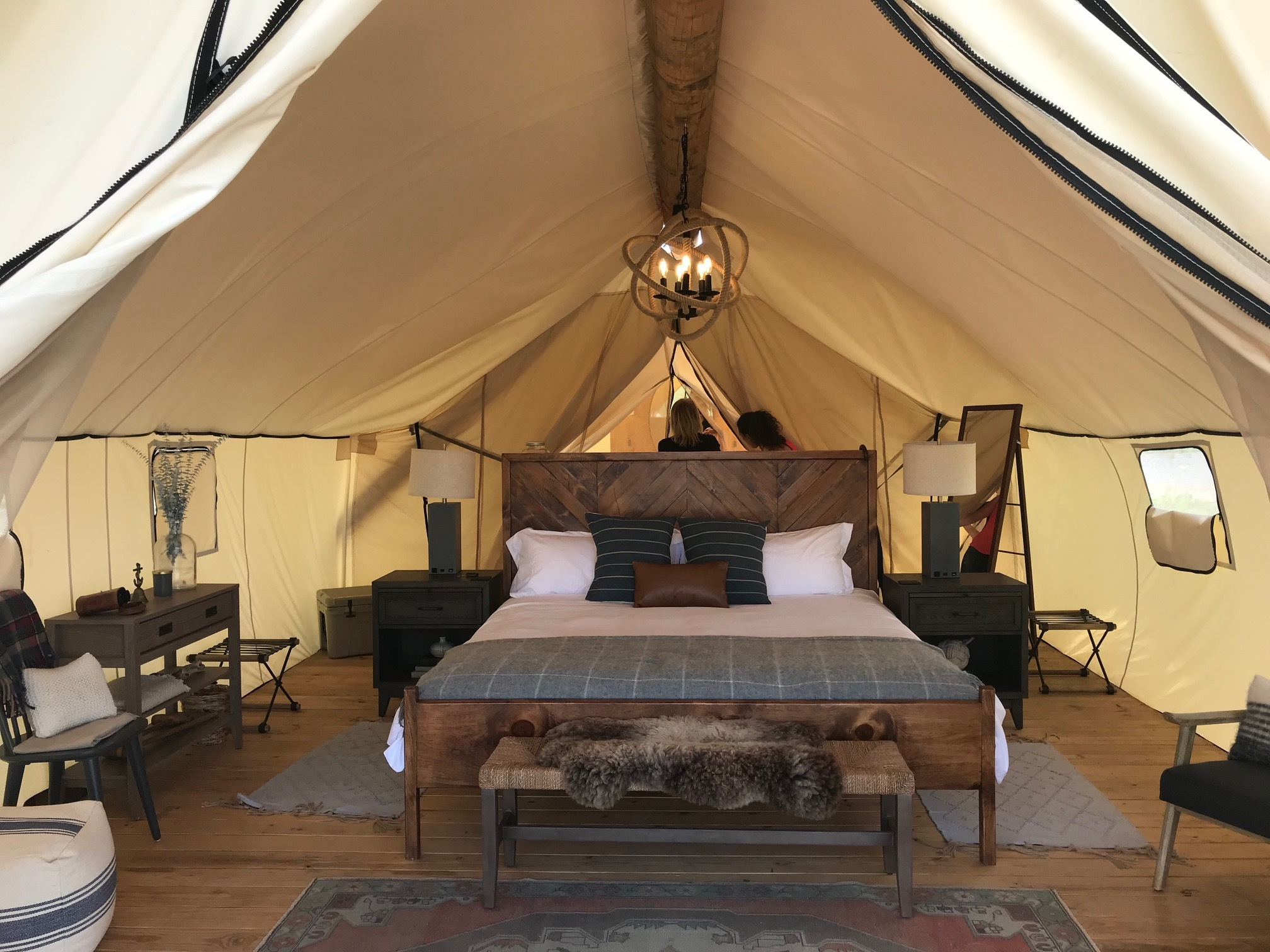 We answer all your questions about the new 'glamping' on