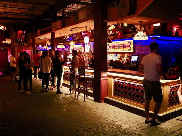 10 Best Gay Bars In Nyc For A Hot Night Out On The Town