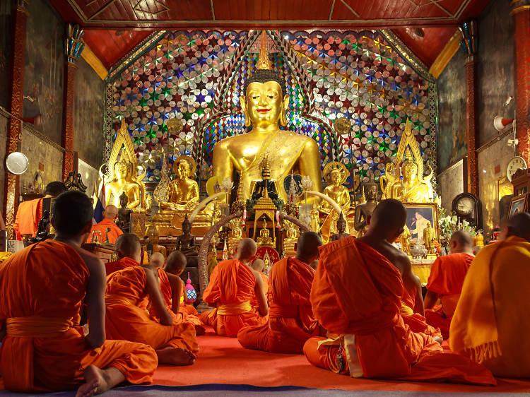 Monk Chat at Wat Phra That Doi Suthep