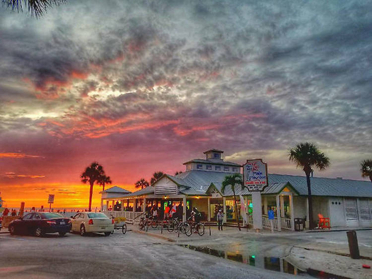 Palm Pavilion Beachside Grill