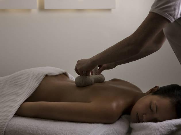 COMO massage
