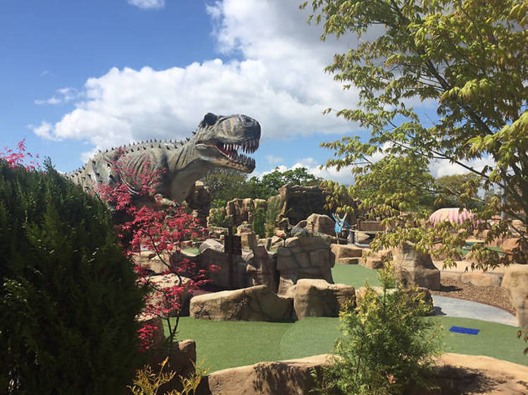 Mighty Claws Adventure Golf