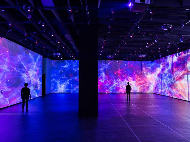 Explora el universo virtual en Inspark