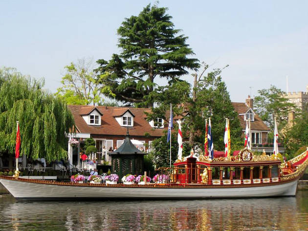 13 Restaurants In Windsor That Locals Love