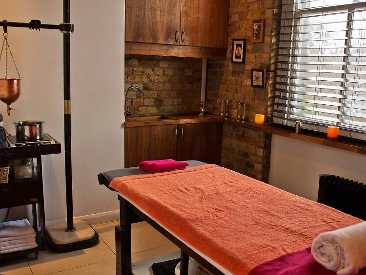 Full Body Massage at Jivita Ayurveda
