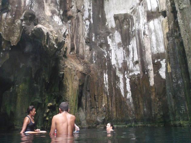 Sawa-I-Lau Caves, eitw