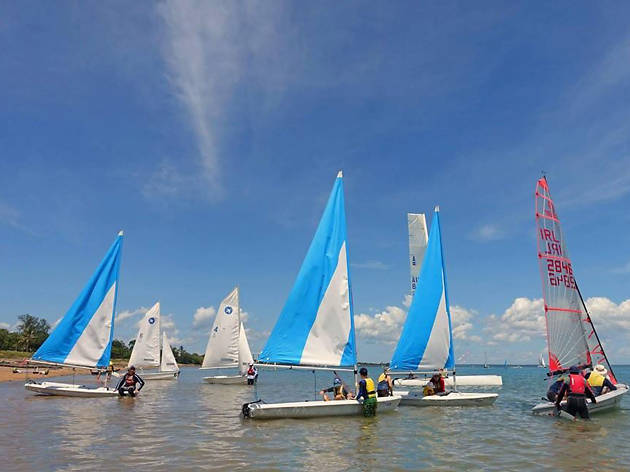 The Darwin Sailing Club, eitw