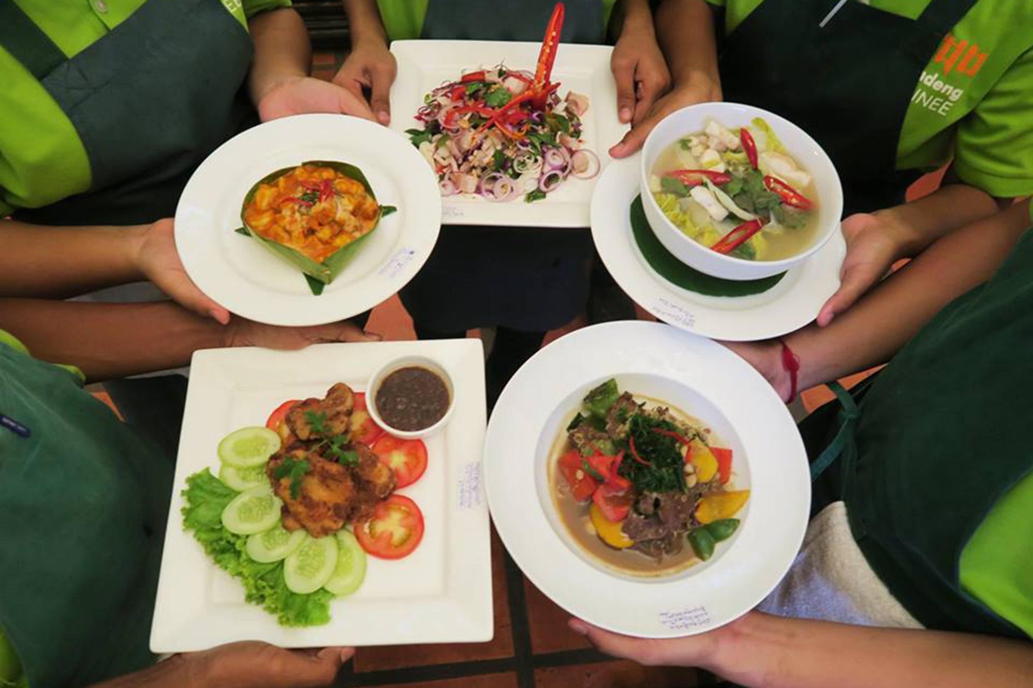 Romdeng restaurant, eitw