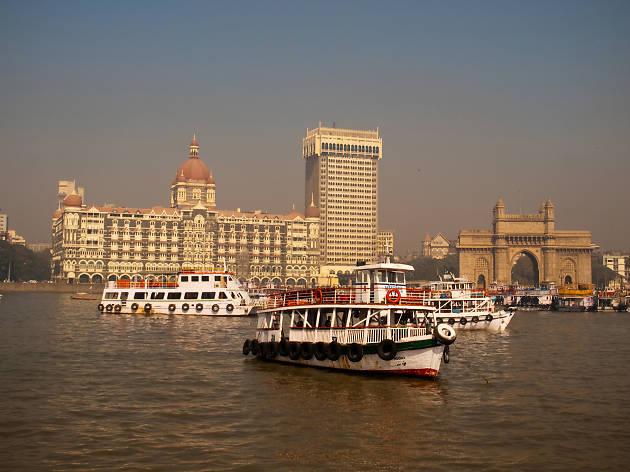 Sailing near the Gateway of India, eitw