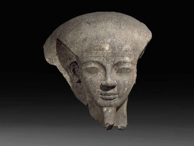 Fragmento de la tapa del sarcófago del faraón Ramesses VI.
