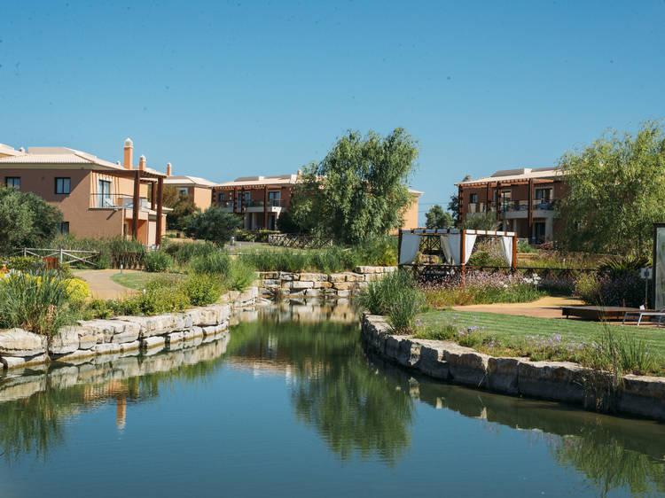 Dez hotéis novos e renovados no Algarve para o Verão de 2018